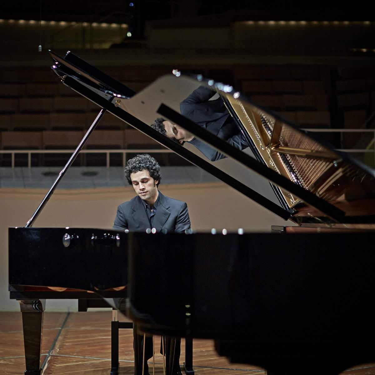 Soheil Nasseri Solo Recital at Merkin Hall